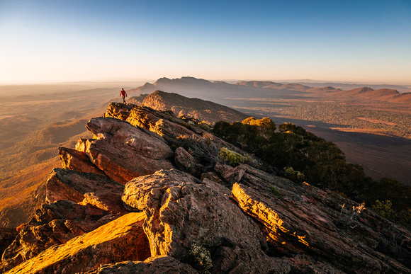 wilpena-pound-flinders-ranges-south-australia_woman-hiking_travel-photography_andrew-peacock